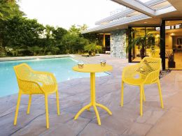 2 Air XL Chairs with Octopus Round Table in Yellow