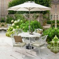 Capri 4 Seat Round Set - Maize with  Parasol and Base